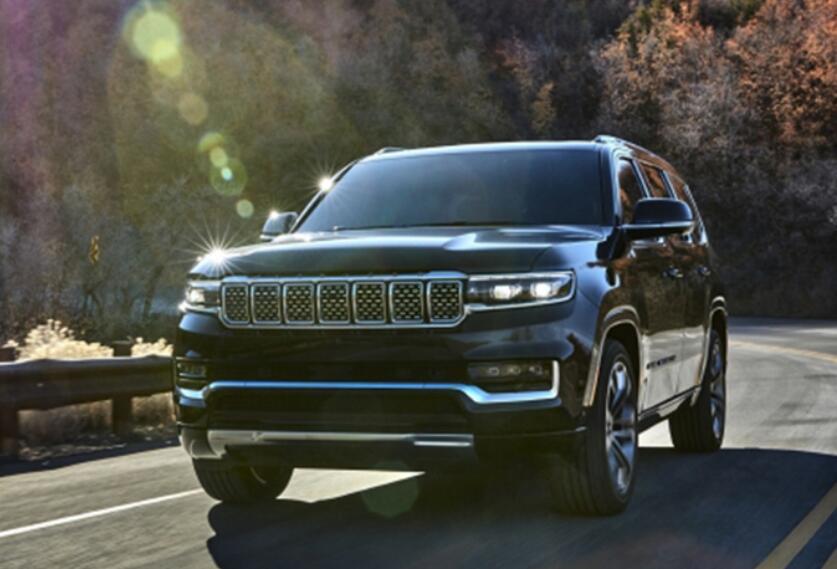 硬派美式大7 Jeep全新大瓦格尼 長5.4米 搭6.4L V8+空氣懸架